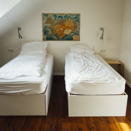 bedroom-hostel-hotel-2930